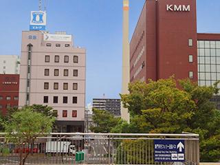 ①事務所は小倉駅(新幹線口目の前).jpg